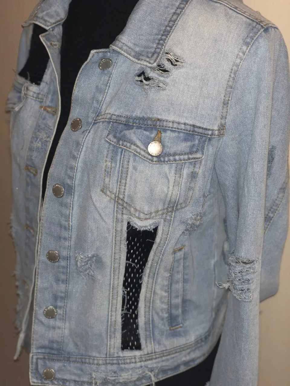 DIY Distressed Denim Jacket - www.kateyblaire.com