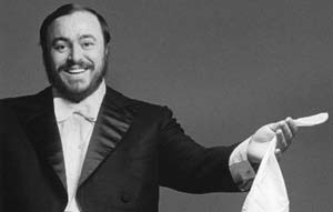 pavarotti_1166466821.jpg