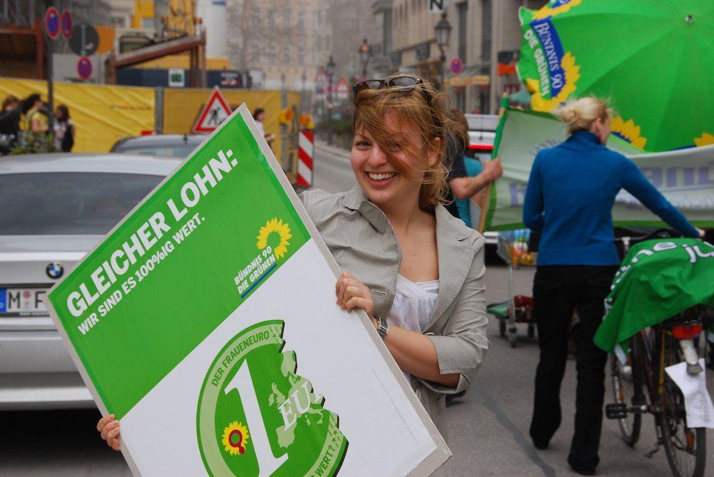 Aktion zum Weltfrauentag : Gleicher Lohn für gleiche Arbeit