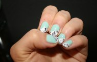 Mint-nails-and-some-zebra