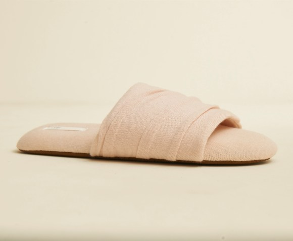 Berkley Slipper Balm Pink_kmhweb1024x1537