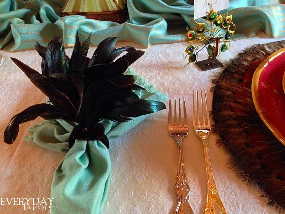 peacocks and feathers tablescape