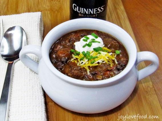 Guinness-Steak-and-Black-Bean-Chili