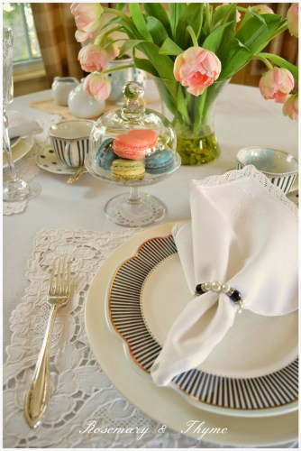 french inspired tablescape
