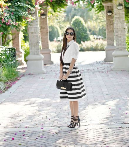 how to wear horizontal stripes