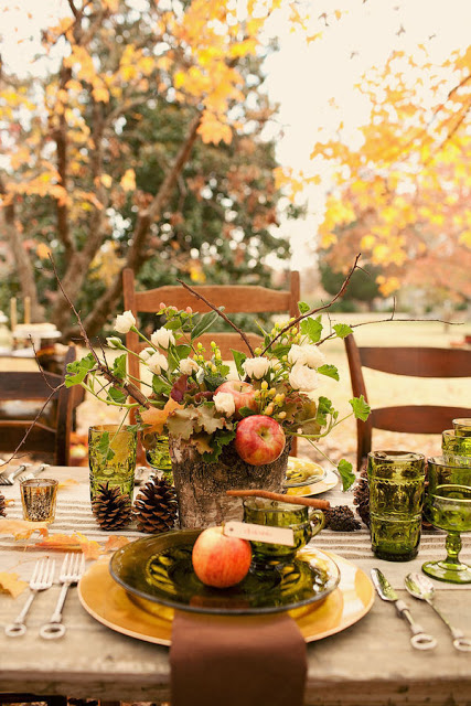 autumn outdoor tablescape