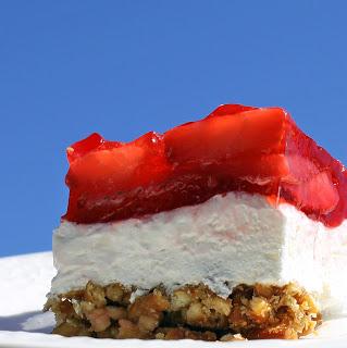 jiggly jello desserts