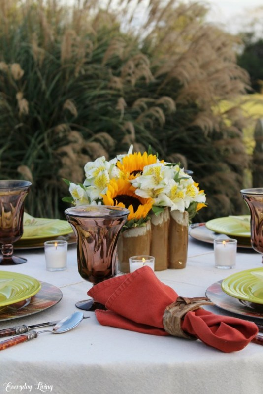 autumn outdoor party table
