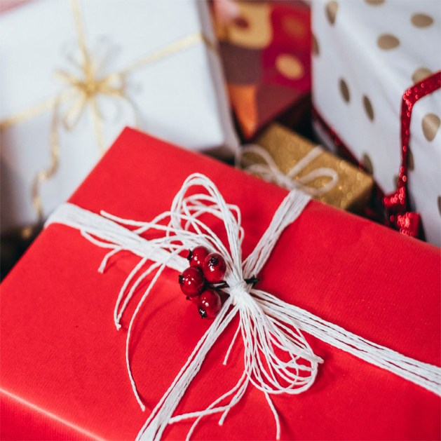 did you know you can win prizes for sharing the gift guide