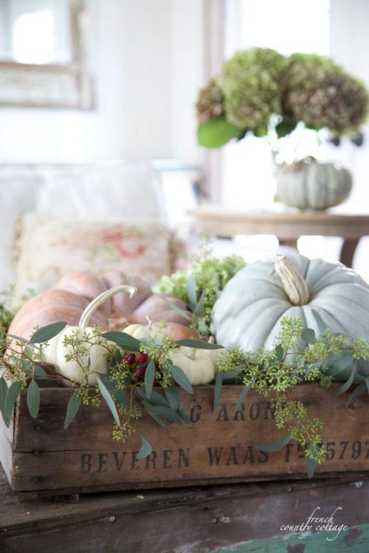 autumn home vignette