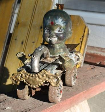 www.kathievezzani.com; assemblage
