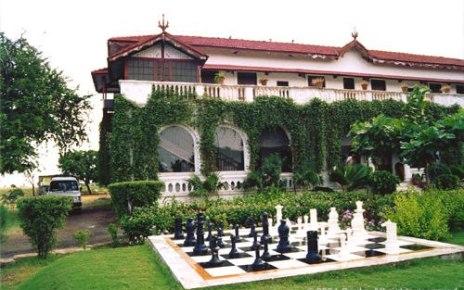 Old Bell Guest House Surendra Nagar