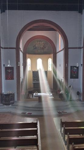 Von der Anbetung gegen Morgen als Überlieferung der Apostel