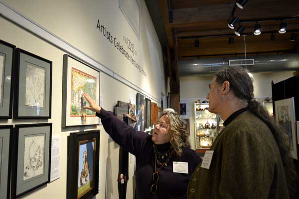 """Talking about drawing with Mark Selter at """"225: Artists Celebrate Kentucky's History"""" reception: photo, Greg Orth"""