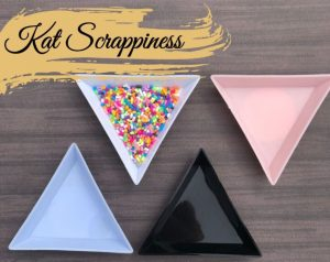 Kat Scrappiness Triangle Sorting Tray