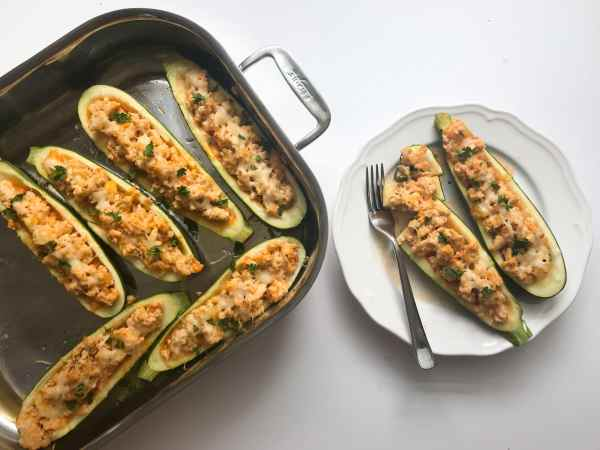 These low carb stuffed zucchini boats use just 4 ingredients and have all the flavors of buffalo chicken that you love, with none of the guilt.
