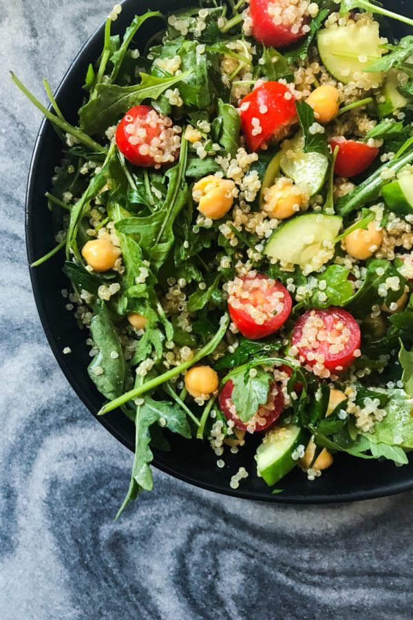 These Lemon Chickpea & Quinoa Mason Jar Salads are the perfect meatless, vegan meal prep. The Lemon Dressing brings everything together for a fresh, light, healthy, and filling weekday lunch. #healthymealprep #masonjarsalad #veganmealprep