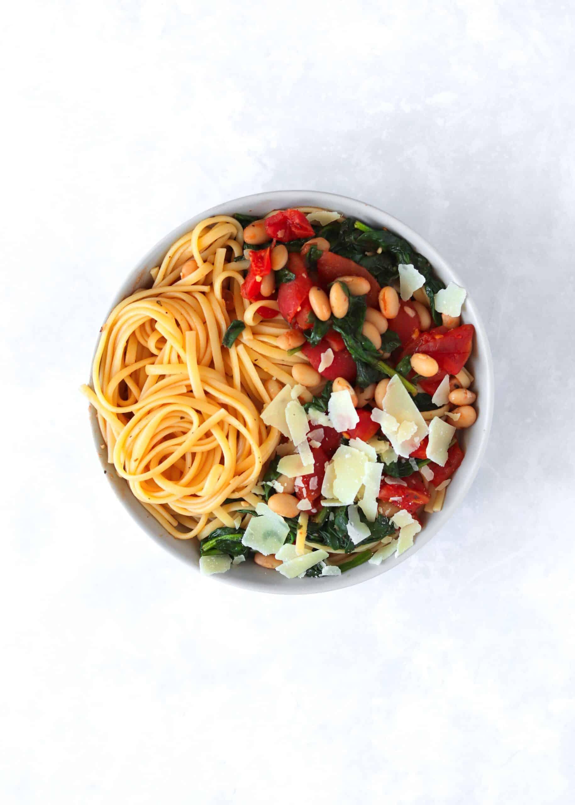 Vegetarian Tuscan White Bean Pasta