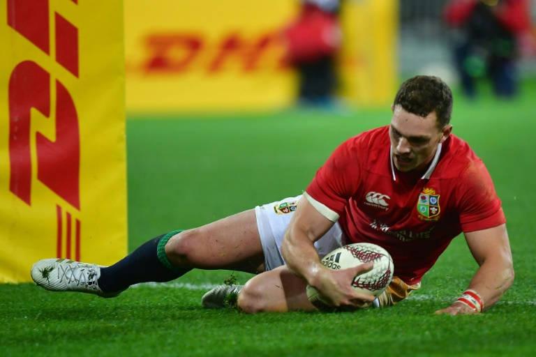 Wales unchanged for Twickenham challenge