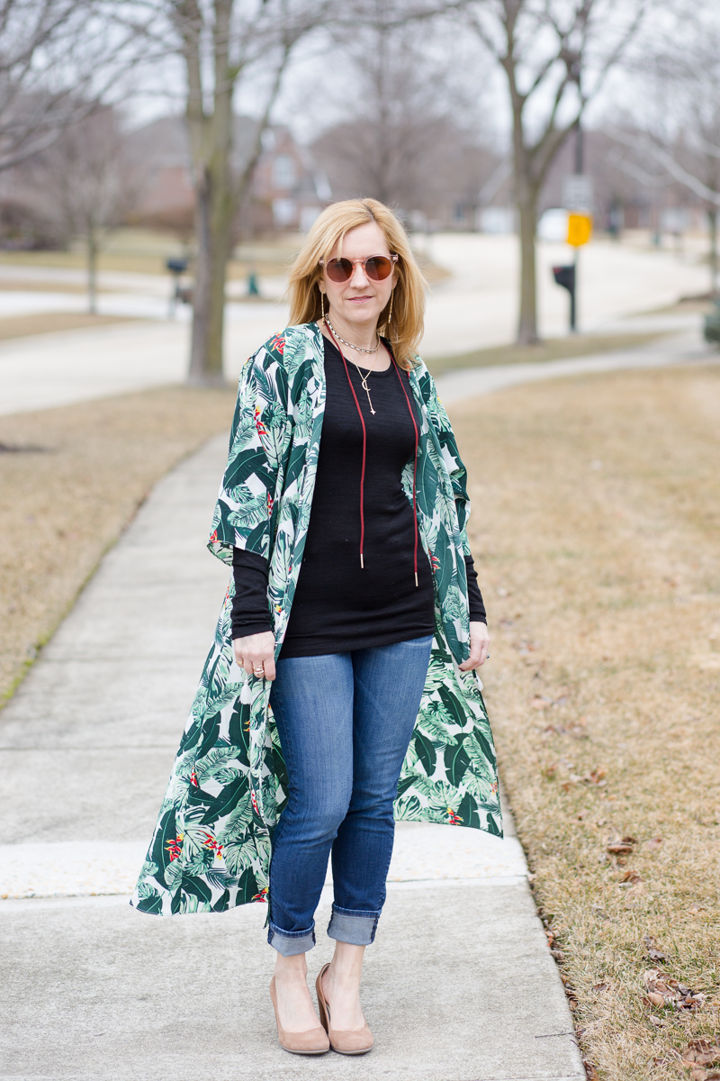 Styling a palm print duster form the Spring Box of Style 2018