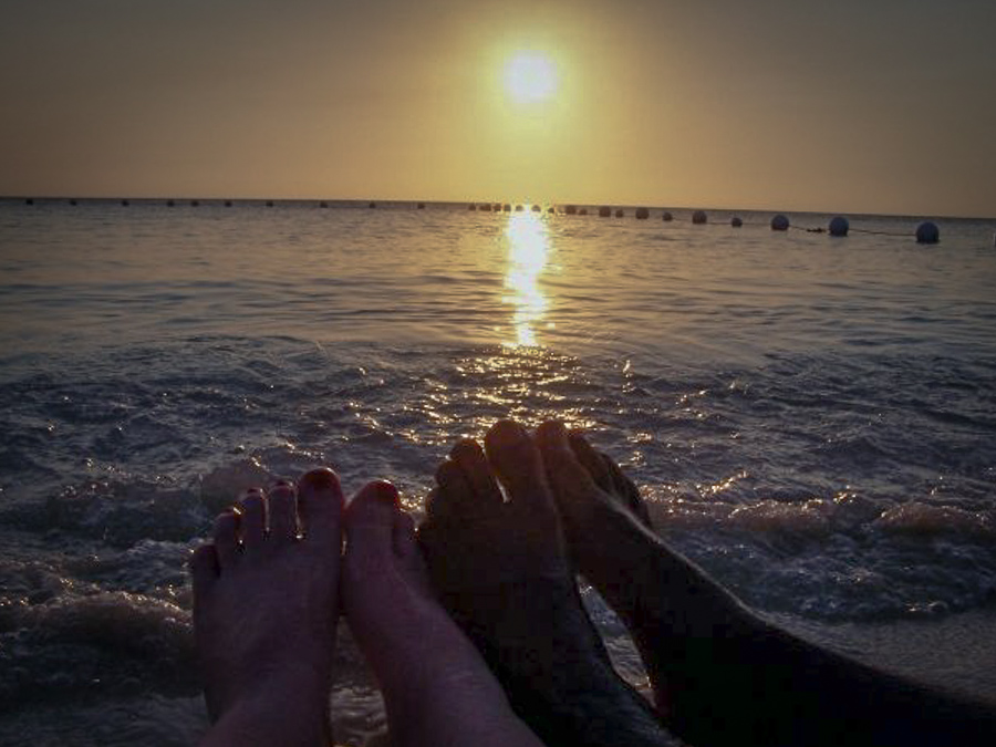 sunset on the beach at Henry Morgan Resort, Roatan, Honduras