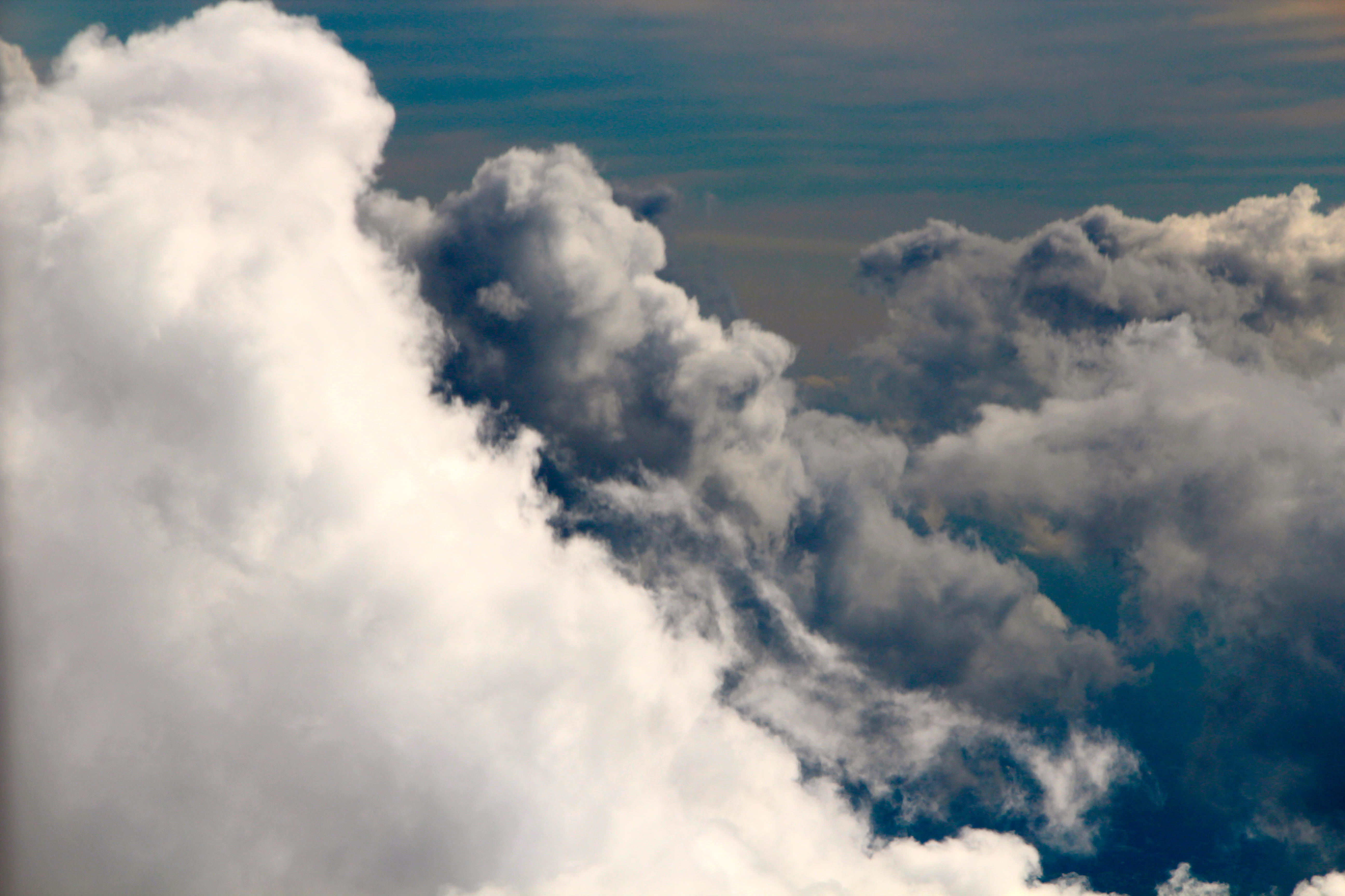 Clouds And Weather Predictions Summer Setting