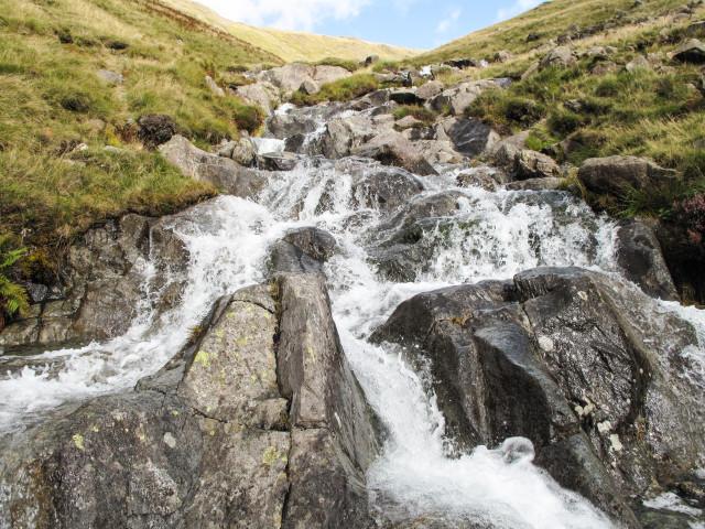 How to model waterfalls kathy millatt for Landscaping rocks vallejo ca