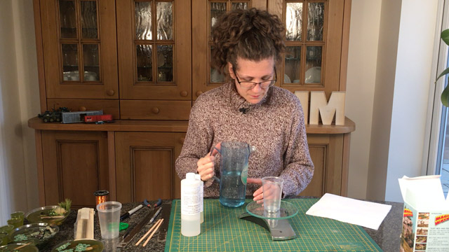 How to Mix Epoxy Resin