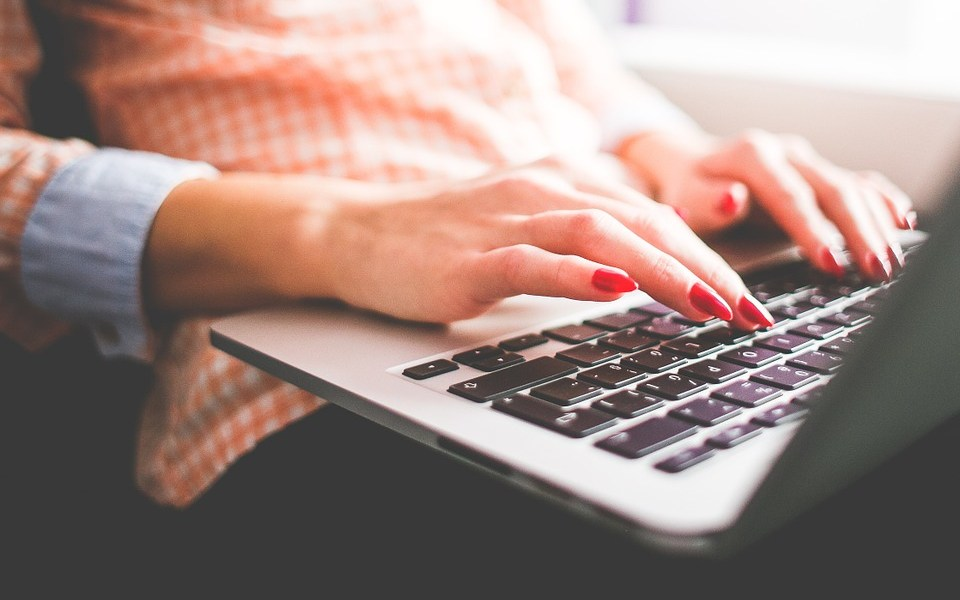 Essential Online Resources No Blogger Should Be Without*