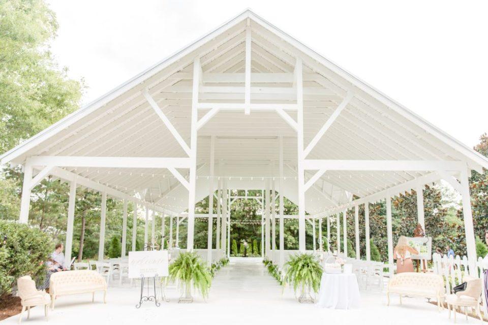 15 Birmingham Wedding Ceremony & Reception Venues - Camelot Manor Wedding