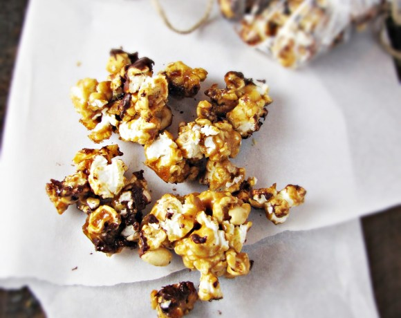 Caramel Corn with Peanuts and Chocolate