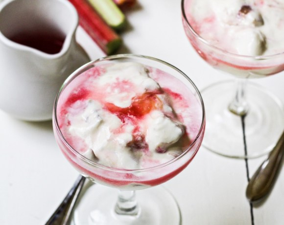 Ingredient of the Week: Rhubarb // Rhubarb Custard Fool
