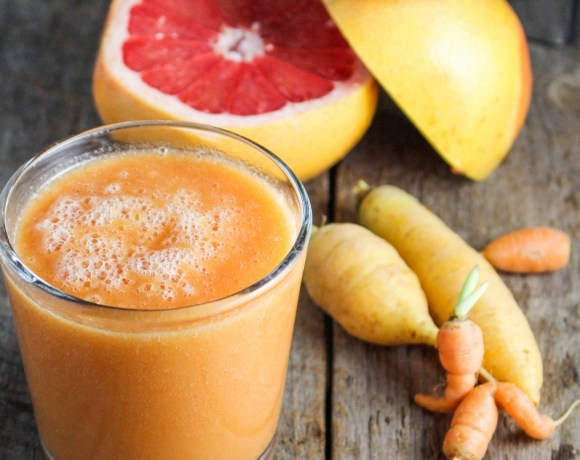Ingredient of the Week: Carrots // Carrot-Grapefruit-Mango Smoothie