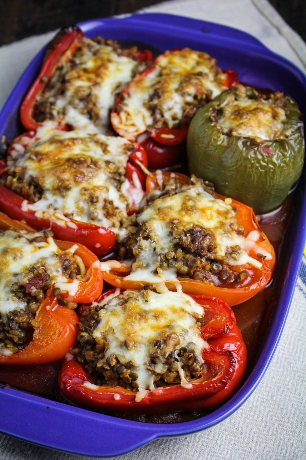 Enchilada-Style Vegetarian Stuffed Peppers {Katie at the Kitchen Door} #oldelpaso #sponsored