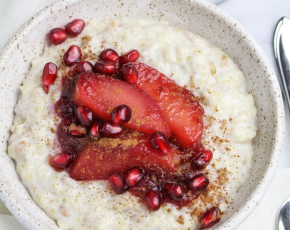 Whole Grain Porridge with Poached Apples and Cranberries