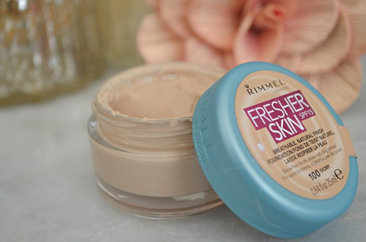 New | Rimmel Fresher Skin Foundation