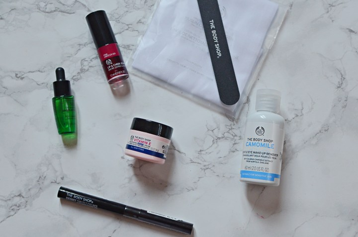 All the skincare and makeup bits I got in my beauty advent calendars