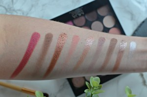 Review MUA Burning Embers Palette Swatches