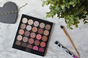 Review MUA Burning Embers Palette