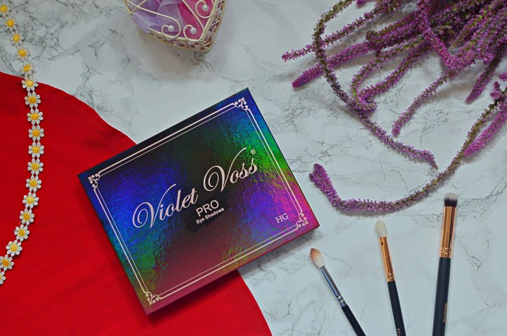 Review | Violet Voss Holy Grail Pro Eyeshadow Palette