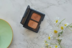 Review   Nars Isolde Eyeshadow Duo