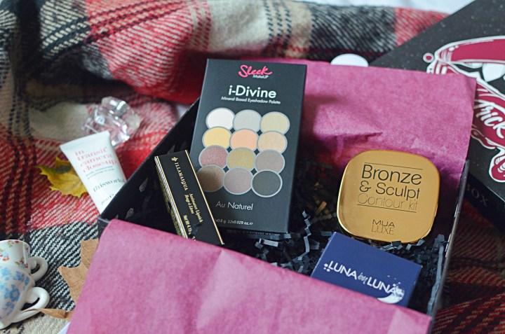Glossybox Beauty Subscription Box   October 2018