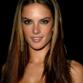 Alessandra-Ambrosio-beautiful-model-straight-brown-hair-1024x768