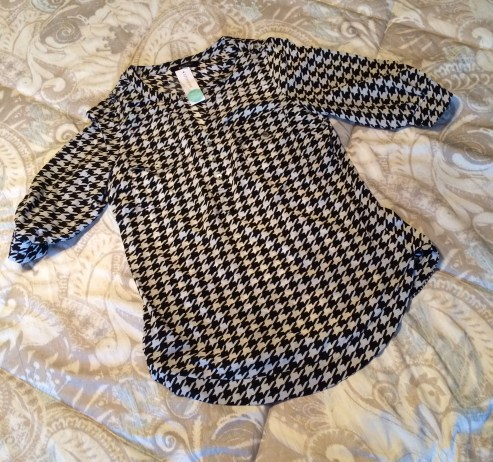 41 houndstooth cropped 2