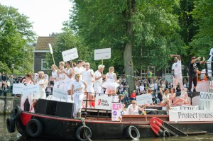 The GGD boat during the 2016 Pride Parade in Amsterdam, advocating for PrEP and the AIDS Fonds