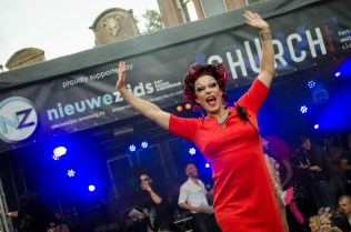 """One of the queens performing a showstopping lip sync to """"I just wanna fucking dance"""" at the 2016 Drag Queen Olympics celebrating Gay Pride in Amsterdam"""