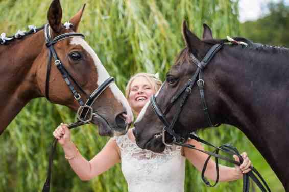 fullerton estate cottonworth hampshire wedding horse