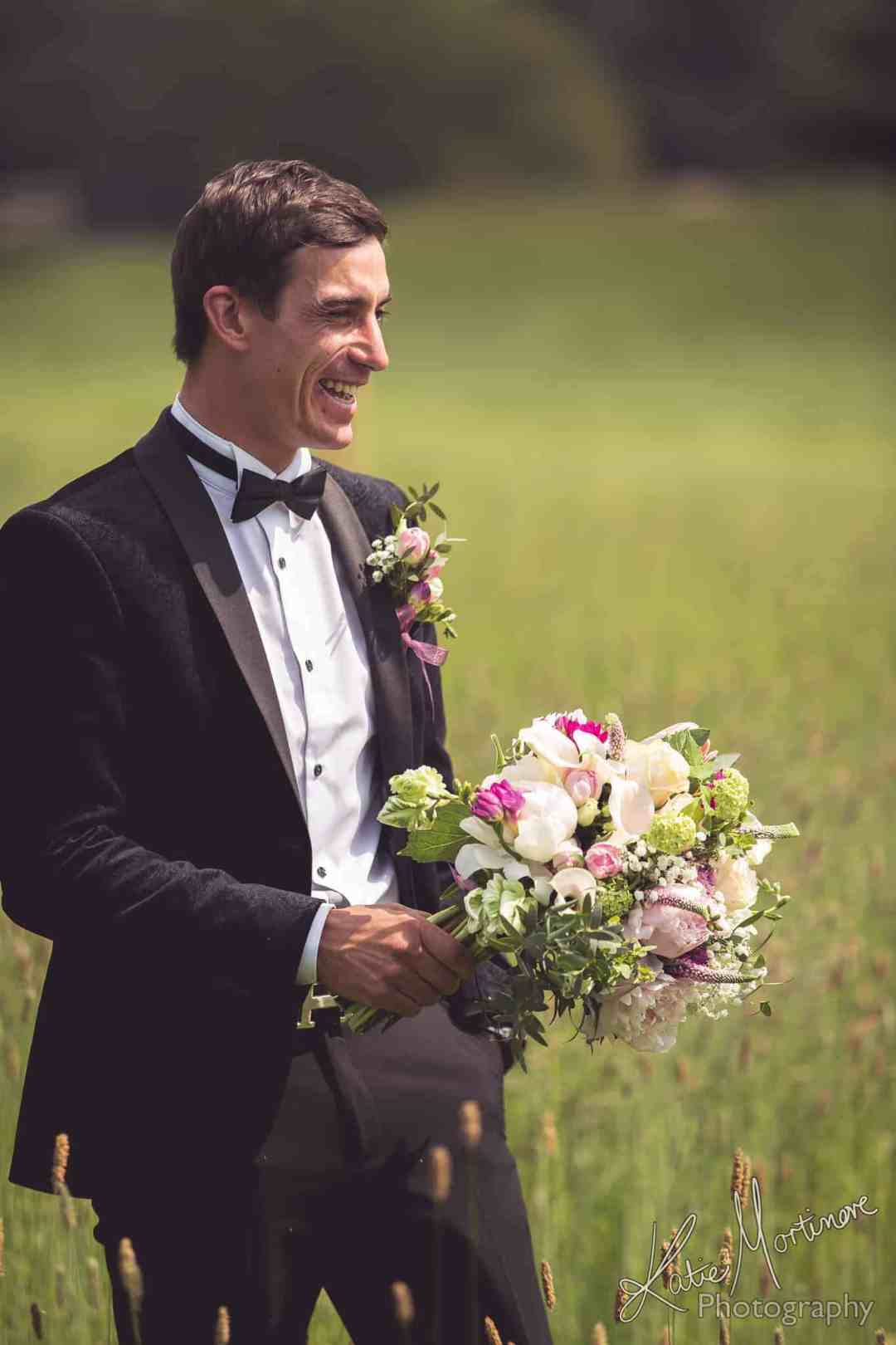 find perfect wedding photographer hampshire wiltshire cotswolds