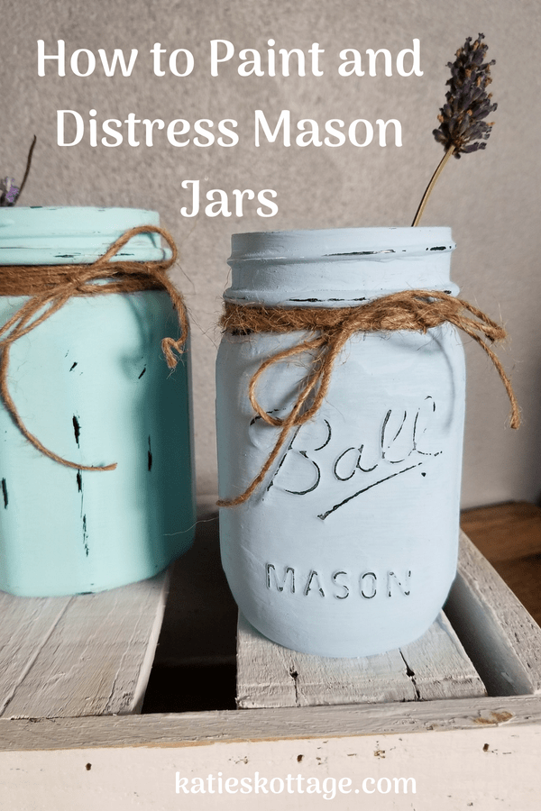 How to Paint and Distress Mason Jars #masonjars #crafts #diy