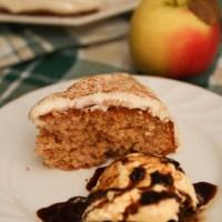 Healthy Apple & Cinnamon Cake (Gluten free) + Cream Cheese frosting